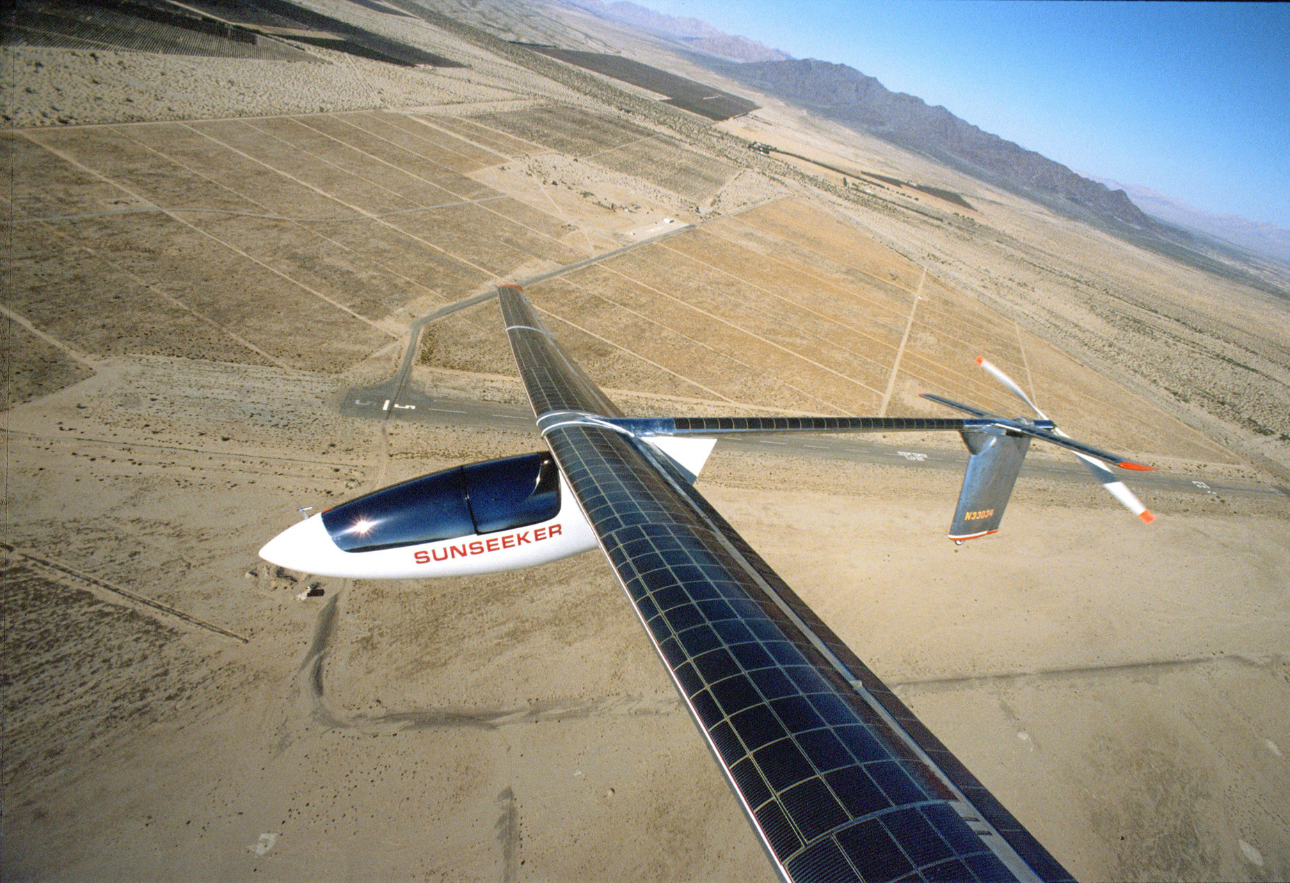 Solárne lietadlo / Skydweller